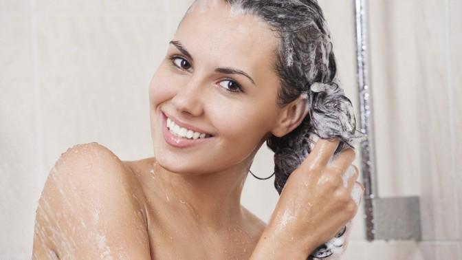 qual a frequência para lavar os cabelos
